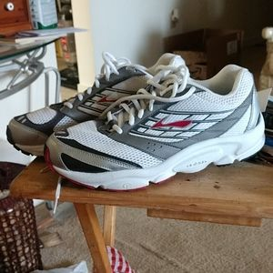 Brooks DYAD new sneakers